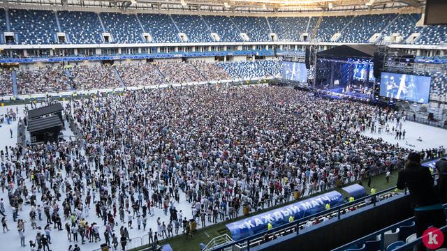 Стулья целы, газон не пострадал: как стадион