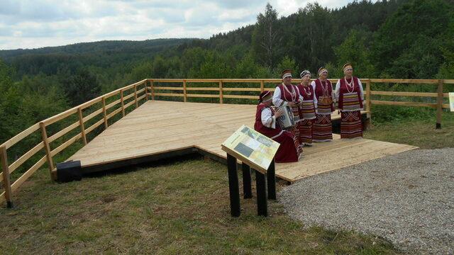 В Краснолесье открылись смотровая площадка и новая экспозиция в местном музее