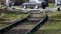Под Балтийском поезд сбил женщину, которая шла по рельсам