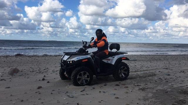 В Зеленоградске волонтёры организуют поиски пропавшей на пляже девочки