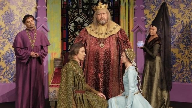 Драмтеатр показал костюмы к новой постановке, которая откроет сезон в сентябре