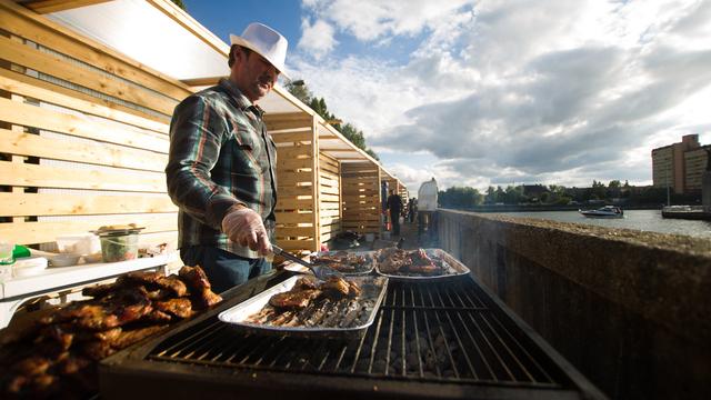 """В Калининграде на Street Food Weekend приготовят самую большую в мире """"Картошку"""": программа городского пикника"""