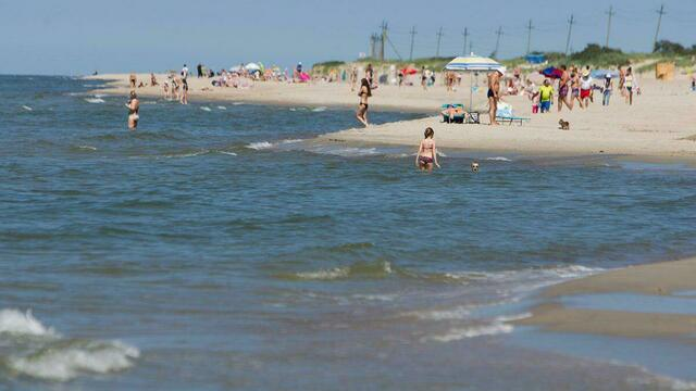 В Калининградской области продлили пляжный сезон