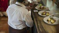 """В Калининграде для съёмок в сериале """"Дайвер""""ищут мужчин и женщин на роли посетителей ресторана"""