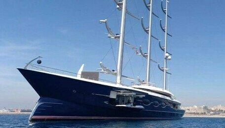 В Балтийске пришвартовалась одна из самых дорогих яхт в мире (видео)