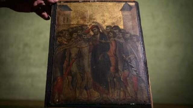 Во Франции домохозяйка обнаружила у себя на кухне икону  XIII века стоимостью 6 млн евро