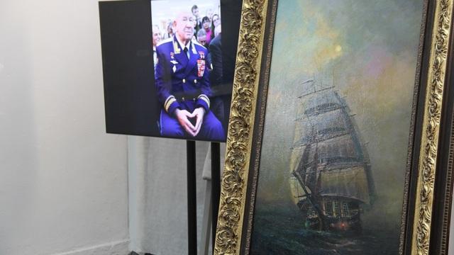 В Музее изобразительных искусств выставили картину космонавта Леонова