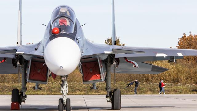 На аэродроме Чкаловска отмечают юбилей авиационного полка (фоторепортаж)