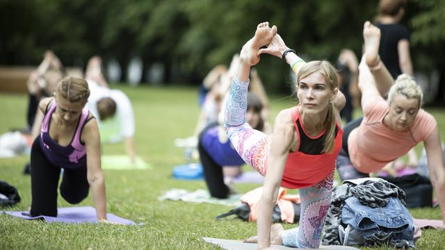 Как похудеть и улучшить осанку: в Калининграде стартует цикл бесплатных лекций про йогу