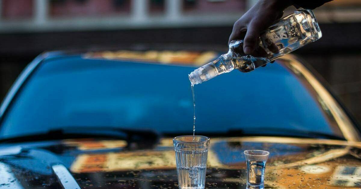 """""""У кого """"трубы горят"""" найдут что выпить"""": главный нарколог области — о запрете продажи алкоголя в праздники"""