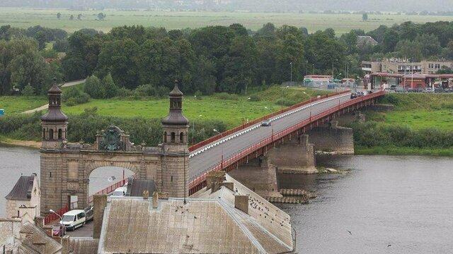 На мосту Королевы Луизы в Советске введут реверсивное движение из-за дорожных работ