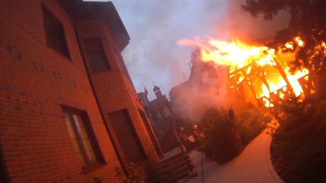 Темнота, искры, спасение: пожарные Калининграда опубликовали видео работы за год