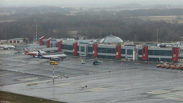 В России вступил в силу закон о курилках в аэропортах