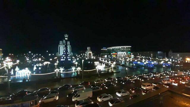 В Калининграде 20 января начнут разбирать новогодние украшения