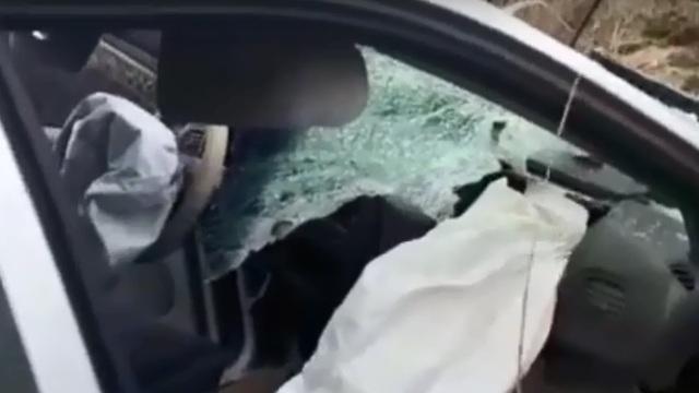 Появилось видео с места ДТП возле погранперехода Чернышевское, где погиб водитель Chrysler