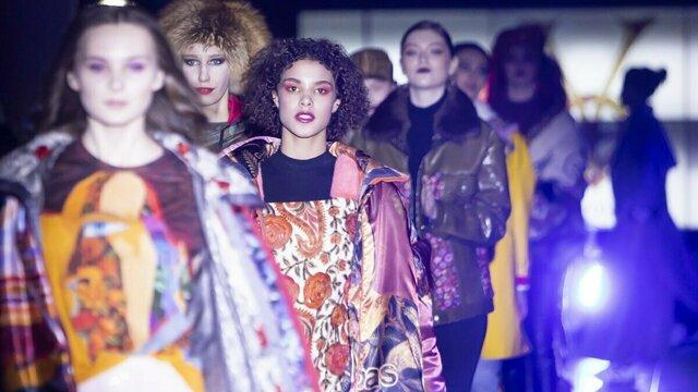 Лучшее из разных коллекций: в Калининграде Виктория Цыганова представила дизайнерские наряды (фоторепортаж)