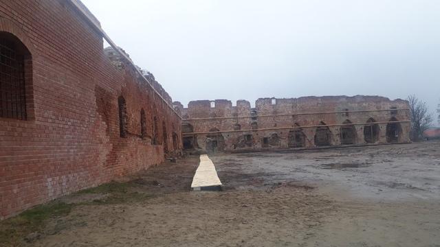 Руины замка Бранденбург в Ушаково превратят в музей под открытым небом