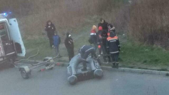 В Калининграде опознали мужчину, тело которого подростки нашли в озере на ул. Печатной