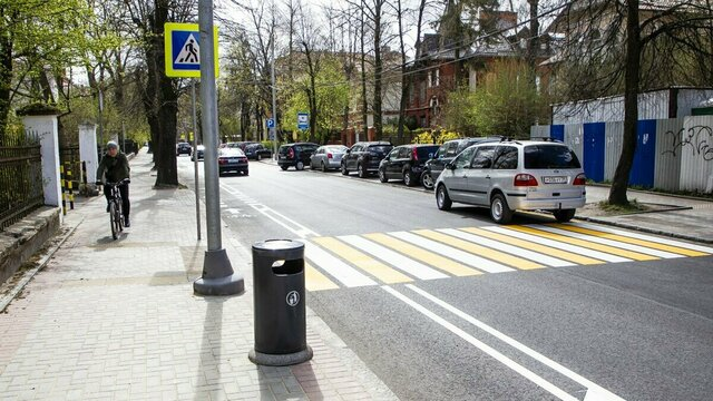 Новая велодорожка на ул. Комсомольской: за и против