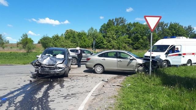 В Черняховске столкнулись встречные авто, есть пострадавшие