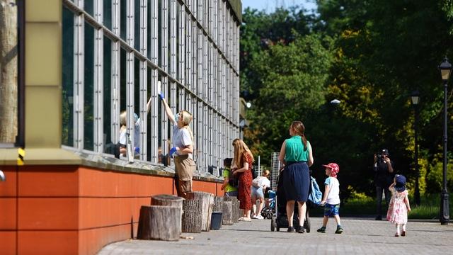 Первые посетители в зоопарке Калининграда после карантина