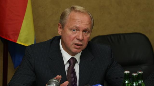 Экс-мэра Калининграда Юрия Савенко похоронят рядом с его отцом