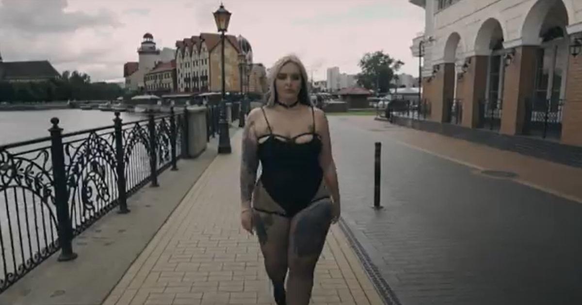 Веб кам девушка модель из пацанок 5 сезон веб камера цены и модели