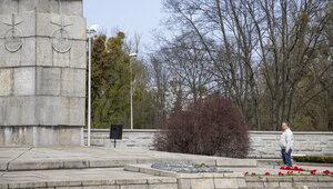 Почему на этом месте и как строили: семь малоизвестных фактов о мемориале 1 200 гвардейцам, открытом 75 лет назад