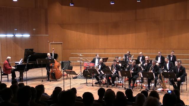 В Калининграде перенесён концерт музыки военных лет с участием оркестра им. Олега Лундстрема