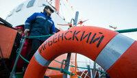 """В Калининграде ремонтируют последний построенный в мире плавучий маяк """"Ирбенский"""""""