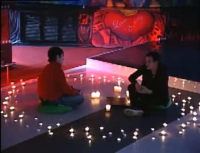 """Венц и Влад Кадони гадают на женский выгон из проекта   Скриншот эфира """"Дом-2"""""""