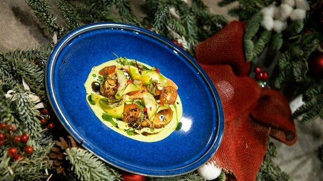 Никакой говядины: шесть блюд от шеф-поваров калининградских ресторанов для новогоднего стола