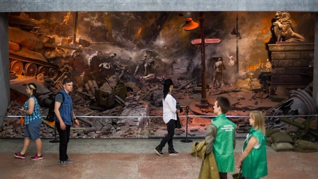 Картина за отзыв: калининградский художник подарит свою работу посетителям выставки
