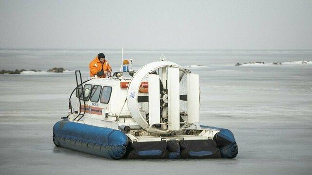 Сотрудники МЧС провели рейд безопасности на Калининградском заливе