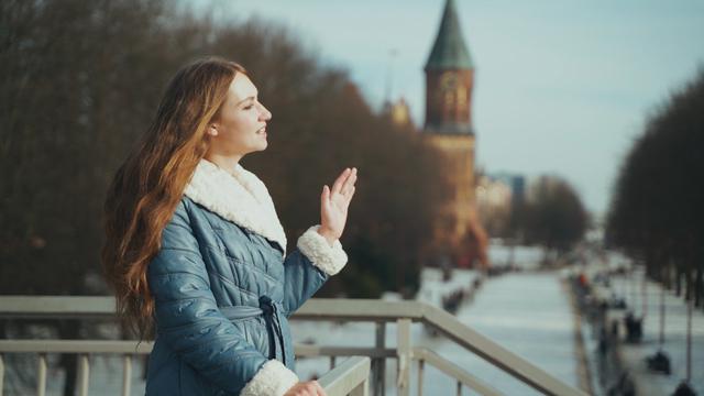Три стихотворения в начале весны: часть третья — 33-летняя Ксения — о мостах Кёнигсберга и городе, которого нет (видео)