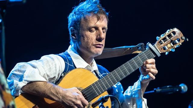 """Виртуоз-гитарист ДиДюЛя выступит с двумя большими концертами в """"Янтарь-холле"""""""