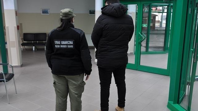 На польской границе задержали кубинца, который хотел уехать из Калининградской области по поддельному паспорту