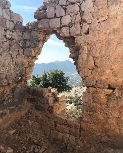 Руины крепости Tokmar Kalesi   Фото: личный архив