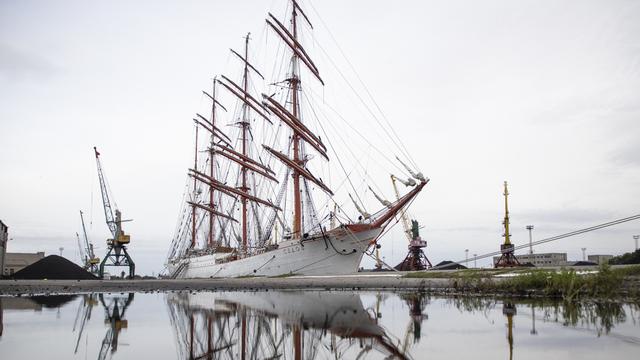 Правительство выделит средства на ремонт парусников «Седов» и «Крузенштерн»