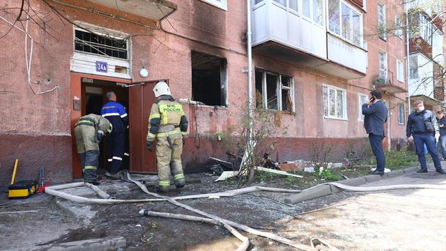 Один пострадавший, 30 эвакуированных и выбитые окна: что известно о взрыве на Леонова в Калининграде
