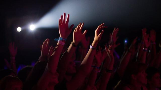 Концерт альтернативной группы ##### (5DIEZ) в Калининграде перенесли на другую площадку
