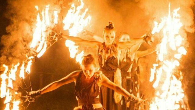 Гадание от ведьмы и выступление лучников: в деревне викингов «Кауп» проведут «Ночь огня»