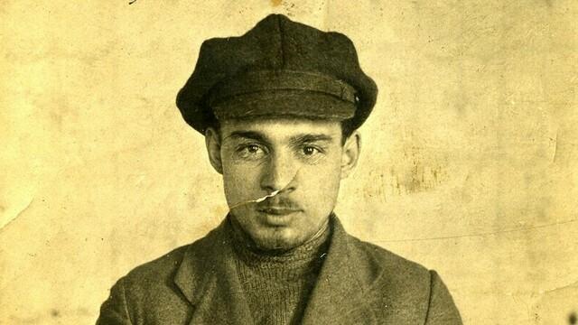 Десять лет лагерей за побег из фашистского плена: калининградка нашла на чердаке дневники прадеда