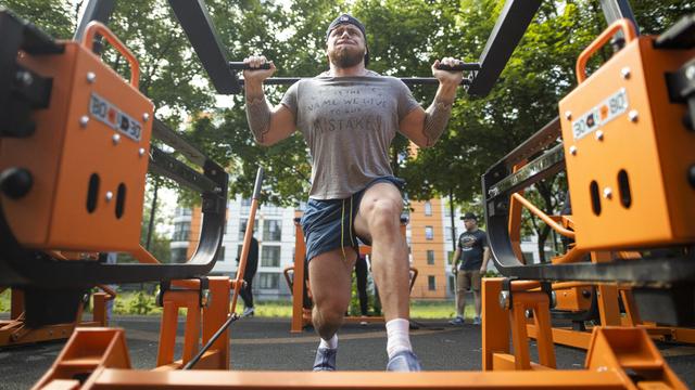 В Калининградской области планируют открыть бесплатный фитнес-парк с профессиональными тренажёрами