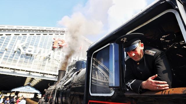 Из Калининграда в Советск: туристический ретропоезд отправился в первый рейс (фото)