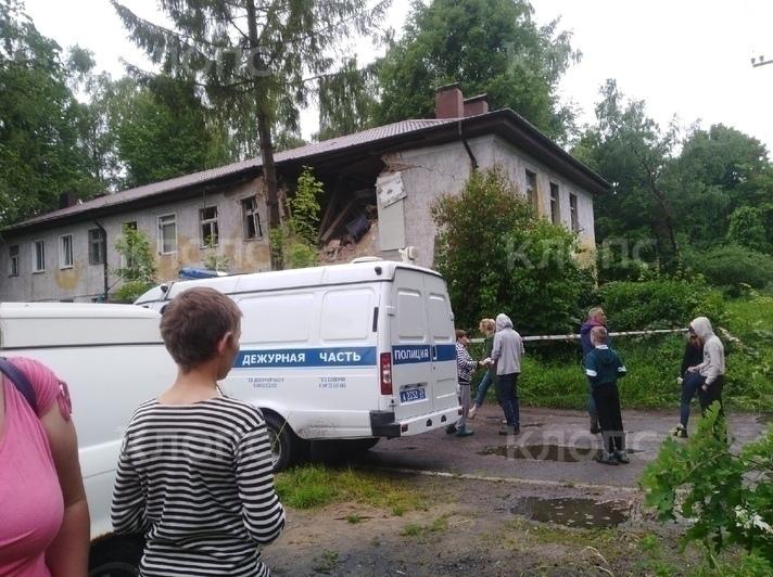 В посёлке Долгоруково в жилом доме взорвался газ, есть пострадавший - Новости Калининграда   Фото очевидца