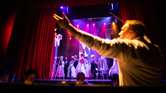 Курьёзные сцены из жизни гондольеров: в Калининграде покажут гала-шоу «Однажды в Венеции»