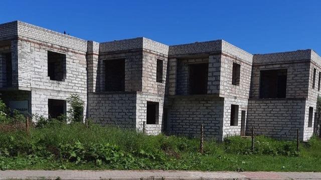 Лежала на краю бетонной плиты: в Советске спасли пьяную школьницу, едва не разбившуюся на недострое