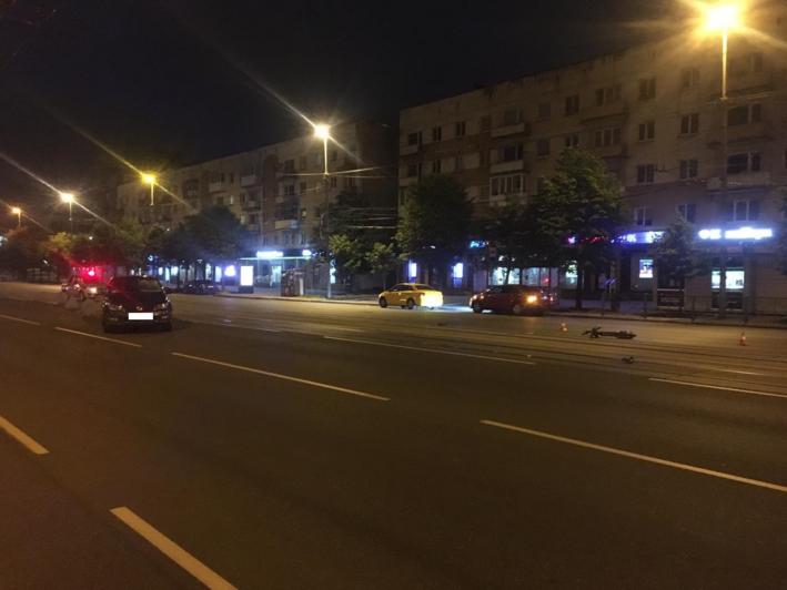 Выпил бутылку вина и поехал кататься: калининградец на электросамокате попал под колёса Volkswagen - Новости Калининграда | Фото: пресс-служба регионального УМВД