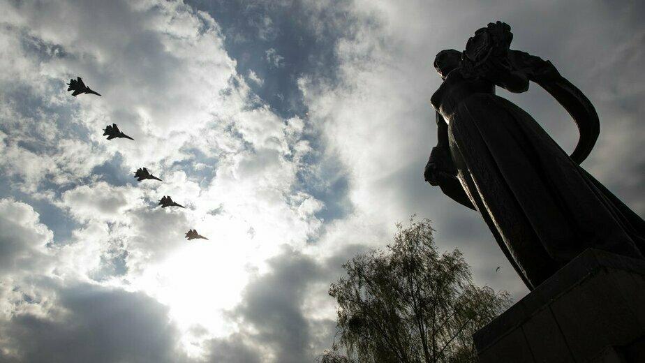 Сложный пилотаж и боевое маневрирование: истребители Балтийского флота отработали ночные полёты над морем - Новости Калининграда | Фото: Александр Подгорчук
